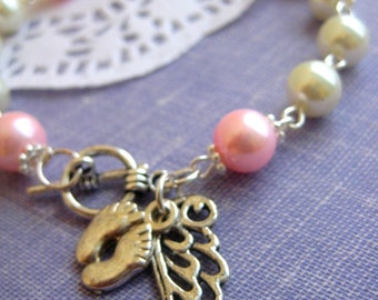 Miscarriage loss angel wing charm glass pearls bracelet. CHOOSE month and colour.