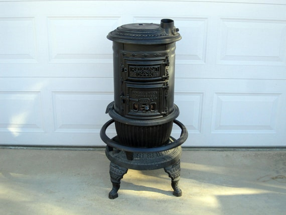 RESERVED for Dan Van Voast / Antique Round Oak No 14 Stove, P.D ...