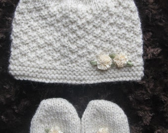 Knitting Pattern #15 Baby Cream Cashmere Set Hat and Mittens for a Baby Girl 3-6 months