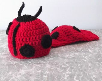 Ladybug Hat and Cape Set - newborn - ready to ship - photography prop