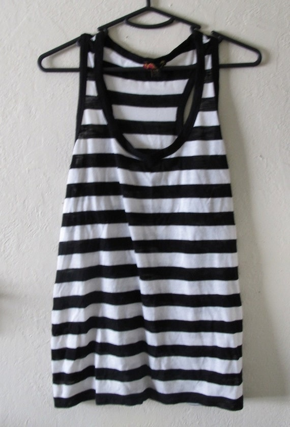 Buy the latest black and white striped tank top cheap shop fashion style with free shipping, and check out our daily updated new arrival black and white striped tank top at skachat-clas.cf