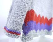 Girls Sweater - NEW -  size 2-4 - soft merino wool - seamless