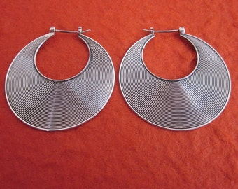 1.60 inch diameter  Balinese Sterling Silver Hoop Earrings / silver 925 / Bali Handmade Jewelry