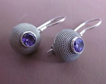 Balinese Sterling Silver circle amethyst Earrings  / silver 925 / Bali  Handmade Jewelry