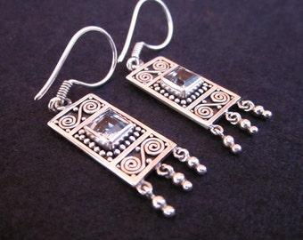 Balinese Sterling Silver Topaz dangle Earrings / 1.6 inch long / Silver 925 / Bali handmade jewelry.