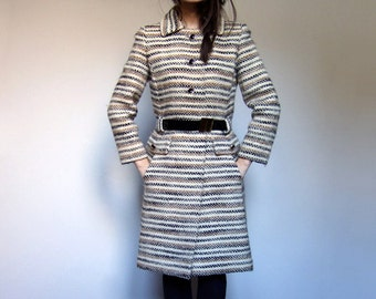 1970s Wool Winter Coat Woman Horizontal Striped Coat Ivory Brown Black - Small. Medium. S/ M