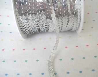 Silver Sequin Trim, 6 mm - 5 Yards