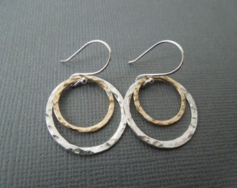 two circles earrings, mixed metals, gold and silver, hammered, simple, everyday, two tone, sterling silver