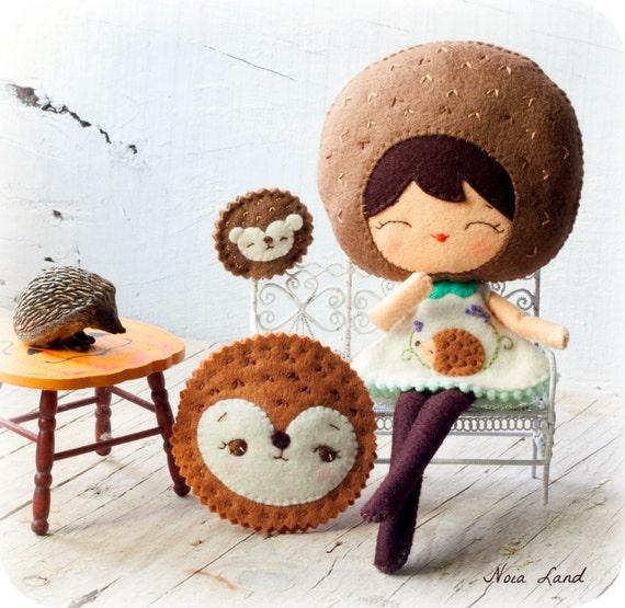 personnages en feutrine hérisson petite poupée cute doll