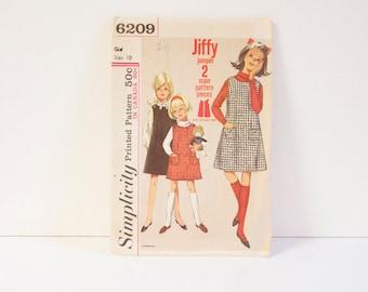 Vintage Jiffy Dress -  1965 Simplicity Girls Jiffy Dress Pattern 6209 size 10