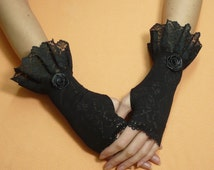 Gothic Costume Lace Gloves with Ruffle, Black Vampire Armwarmers Black, Belly Dance, Romantic, Aristocrat Arm Covers, Wristlets