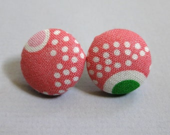 "3/4"" Size 30 Green/Pink/White Dotted Fabric Covered Button Earrings"