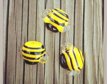 Handmade Lampwork Glass Bee Bead SRA