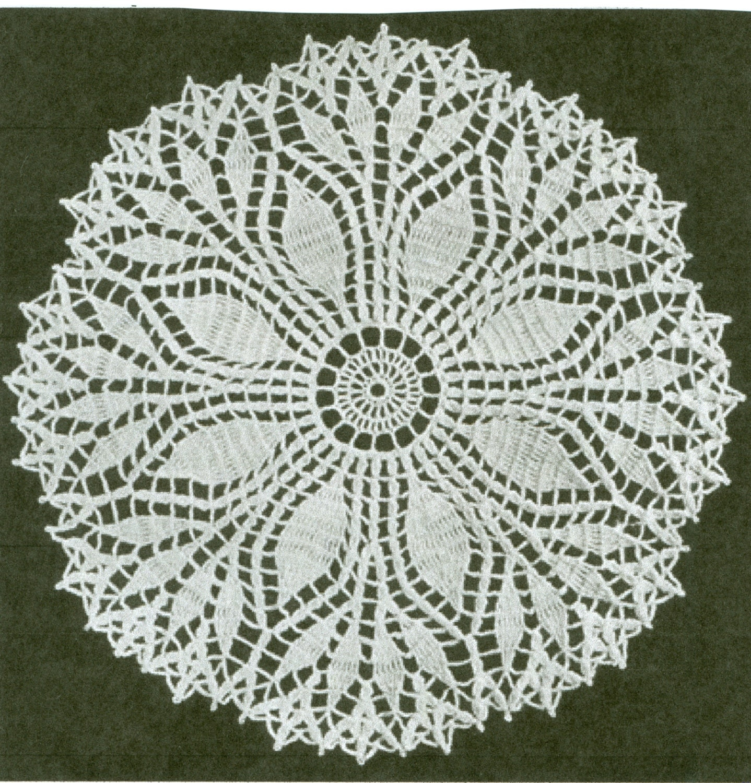 Free Crochet Fern Leaf Pattern : Fern Leaf Doilie Doily Crochet Pattern 2 Sizes 15 or