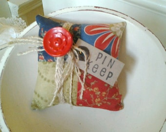 Patchwork Pin Keep Pin Cushion Cupboard Tuck Red Blue  White Olive OFG