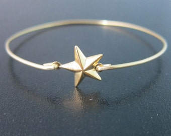 Gold Star Bracelet, Gold Star Bangle Bracelet, Gold Star Jewelry, Tiny Star Bracelet, Lucky Star Bracelet, Star Charm Bracelet