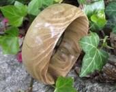 Handmade Wood Bangle Bracelet - Eco-friendly Ohio Locust Wood Wooden Bangle Bracelet (Size M) - Natural Jewelry