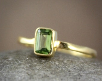August Birthstone Green Peridot Ring - Regal Rectangular Cut - Vermeil Gold