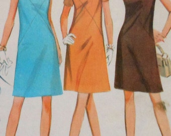 Vintage A-Line Dress Sewing Pattern McCalls 9189 Size 12 1960s