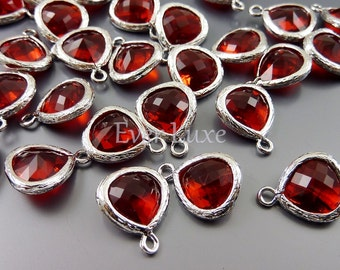 2 bright red 10mm teardrops with gold bezel frame setting, glass charms, jewellery 5064R-BR-10 (bright silver, bright red, 10mm, 2 pieces)