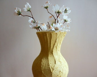 Yellow Sweetheart Vase / Made-to-order / Spring home decor / Butter yellow Vase / Flower vase