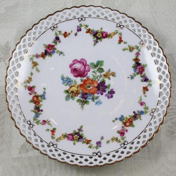 reserved bavaria schumann arzberg floral porcelain. Black Bedroom Furniture Sets. Home Design Ideas