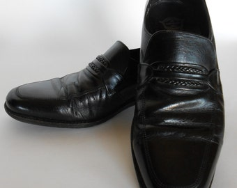FREE SHIPPING Mens Black Florsheim Slip On Dress Shoes        Size 10