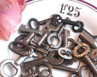 Antique Mini Keys-Set of Four