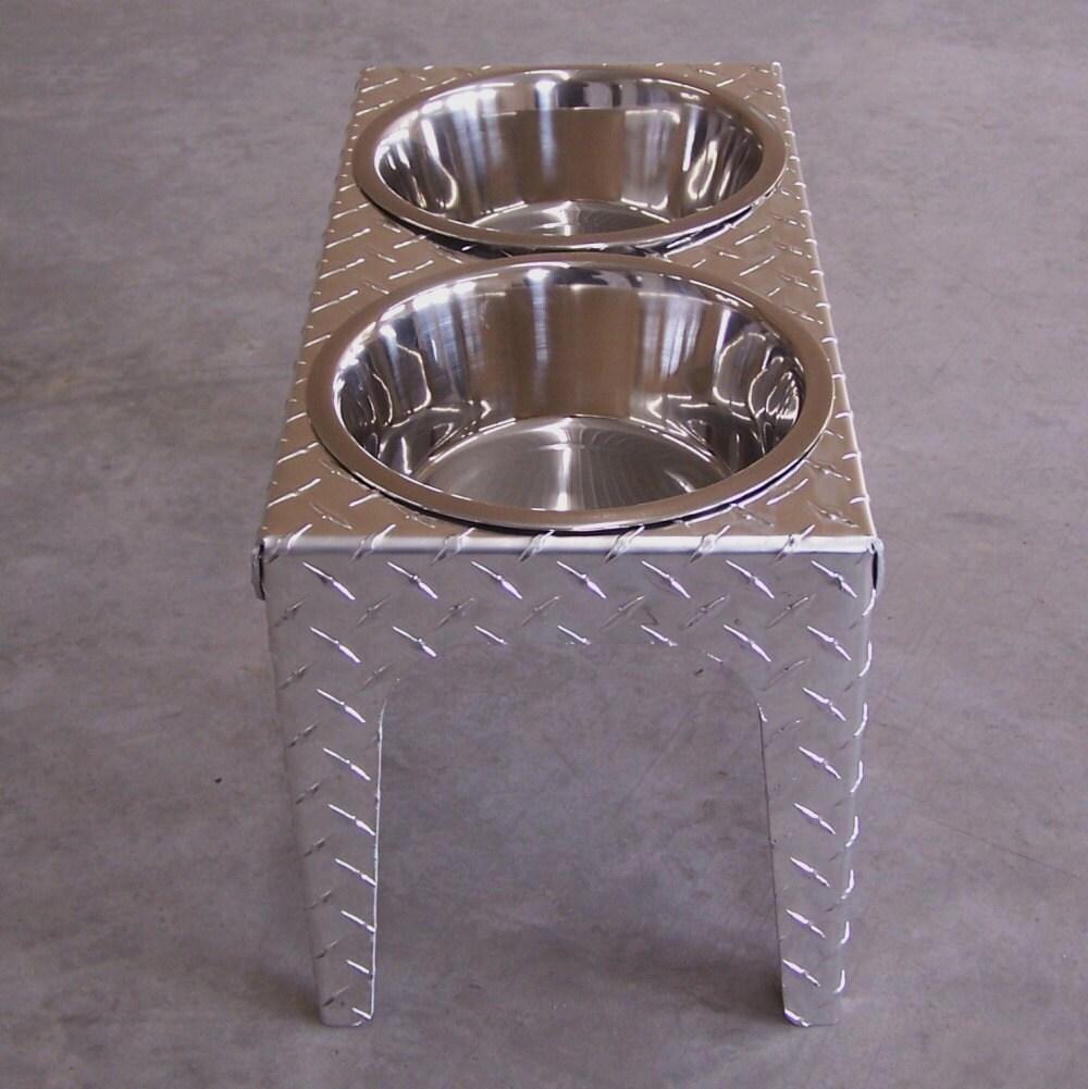 Elevated Dog Feeder In Diamond Plate Aluminum