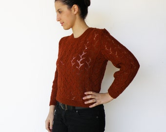 Vintage Early 1970s Hand Knit Rust Sweater / Size S M