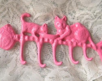 Cast Iron Kitty Fish Hook Hanger / Painted in Pink/Pets