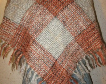 Vtg 60s Cream and Rust  Plaid British Knit Mohair Fringed Scarf