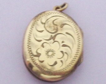 1960s Birks Etched Design Gold Filled Oval Pendant NOS