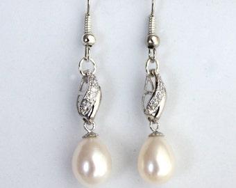 Tear drop Freshwater pearl Bridal Earrings Crystal Wedding -
