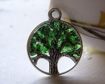 Glass Emerald Necklace, Tree of Life, Tree of Life Jewelry, May Birthstone Color, Emerald Tree Necklace