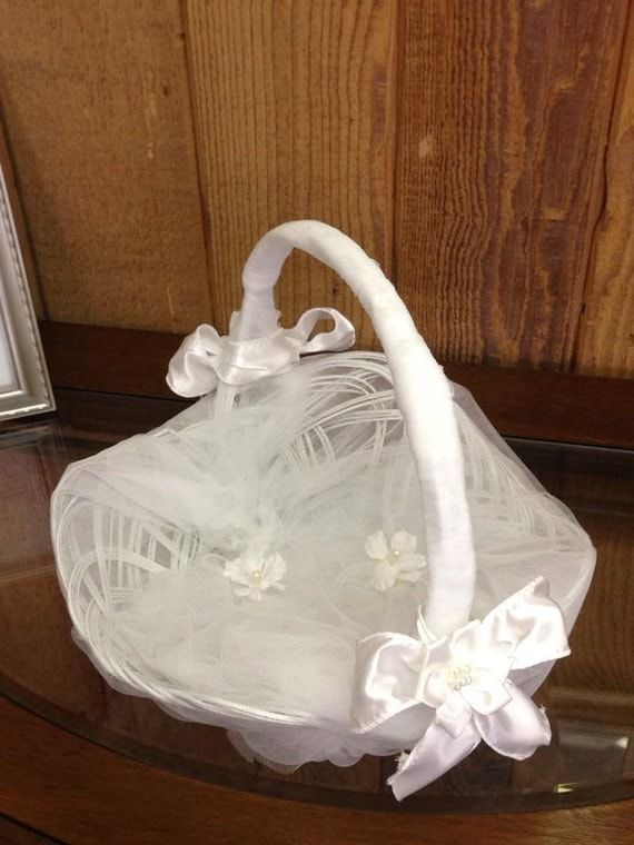 Flower Girl Baskets Small : Small white tulle flower girl basket by alfredosdesigns on