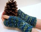 Blue Green Merino Wool Fingerless Mittens, Button Cuff Mittens, Chunky Knit Fingerless Glove, Knit Arm Warmers, Green Knit Wristwarmers