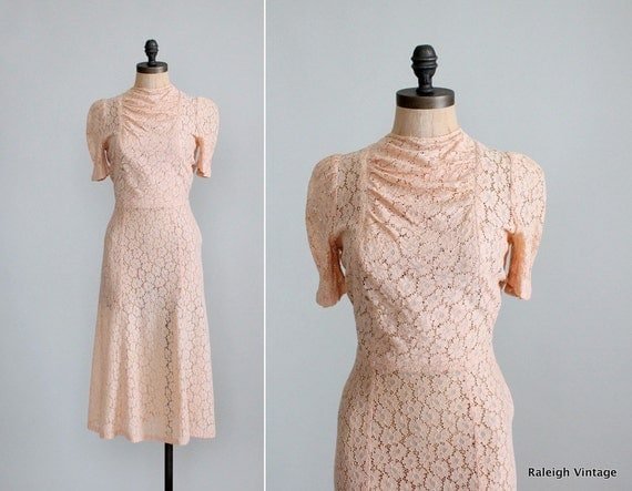 Vintage1930s Dress : 30s 40s Lace Swing Dress Wedding Dress
