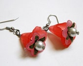 Antiqued Brass Valentines Day Flower Earrings Faux Pearl Red Pink