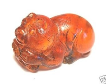Vintage Japanese amber netsuke -CAT & MOUSE Game,signed by artist