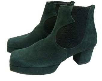 Vintage John Fluevog Shoes Forest Green Suede Square Toe Chelsea Boots from England Fits Wms US Size 9