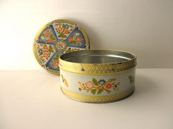 Vintage Floral Decorative Tin Atlantic Can Co Gold Trim