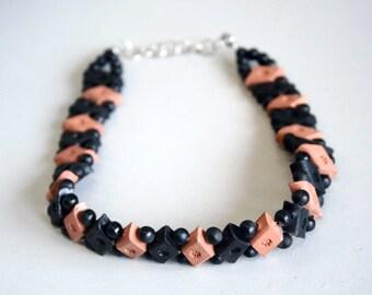 Beaded choker, choker necklace, wooden choker, wooden necklace, vintage necklace, bead choker, bead necklace, wood jewellery, hippy choker