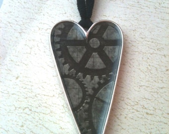 Black and Grey Gears in Heart Steampunk Necklace
