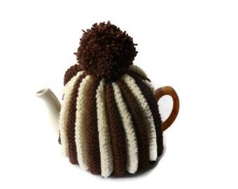 tea pot  cozy cosie brown  and cream medium  pot wool uk seller