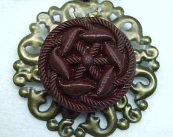 Vintage Beautiful Unique Hand Made Czech Glass Filigree Vintage Button Necklace