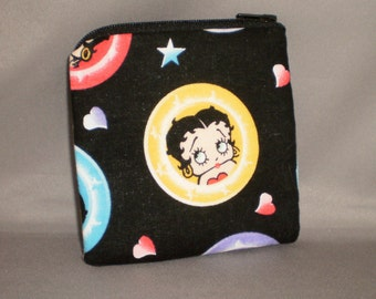 Betty Boop - Coin Purse - Gift Card Holder - Card Case -Small Padded Zippered Pouch - Mini Wallet - Hearts - Stars