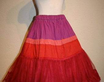 FINAL SALE Mexican Fiesta -  Vintage 1950s Poofy Full Skirt Crinoline/Petticoat in Red/Coral/Purple