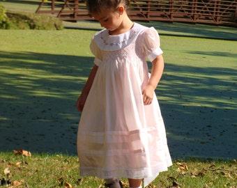 Alice Blue PDF pattern - Ellie Inspired Girls Smocked pattern - Size 1 - Size 5