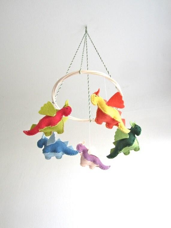 Nursery mobile, dragon, small dragons, crib, baby, organic, flying, colorful, multicolor, baby gift, nursery decor, magical creature